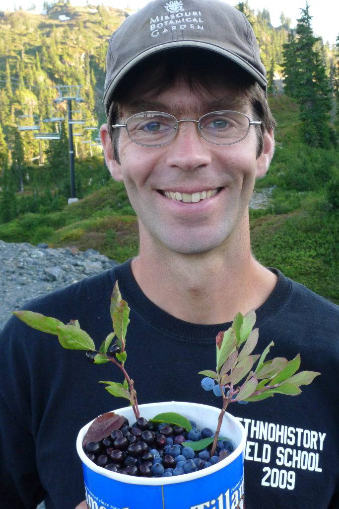 Ethnobotanist Abe Lloyd will provide insight about edibles in the Cascades.
